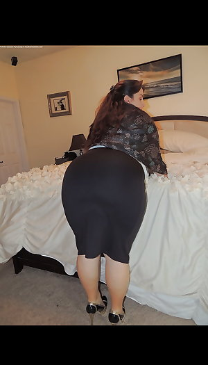 Super thick bbw donkey ass and pear thighs pt 1