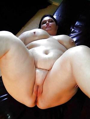 Boobs and Ass the best.....BBW & Chubby 01