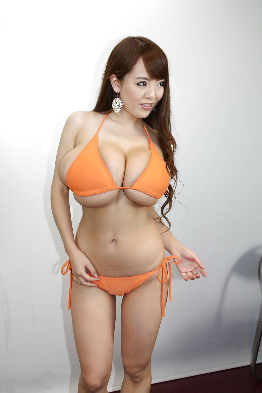Очень большая грудь хитоми танака порновидео